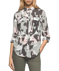 Calvin Klein Jeans | Camo-Printed Point-Collar Shirt