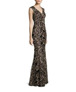JOVANI   Evening Lace Gown