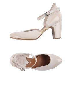 Silvano Sassetti   Footwear Courts Women On