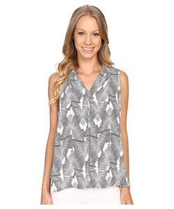 Vince Camuto | Sleeveless Graphic Strip Fan Invert Pleat Blouse Ultra