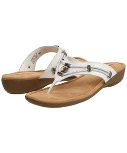 Minnetonka | Silverthorne Thong Leather Sandals