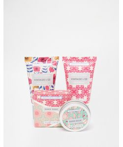 Beauty Extras | Vintage Co Fabric Flowers Mini Hand Care Set