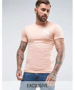 Majestic | Longline Yankees T-Shirt In Muscle Fit Exclusive To