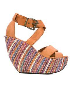 Minimarket | Wati Sandals