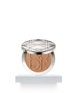 Dior | Skin Nude Air Tan Powder