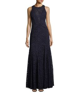 Vera Wang | Lace Sleeveless Trumpet Gown