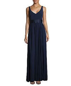 Vera Wang | Solid Sleeveless Gown