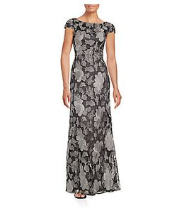 Vera Wang | Embroidered Gown