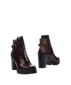 MJUS | Footwear Ankle Boots On