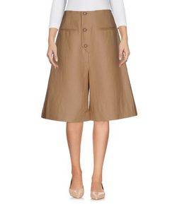 Isa Arfen | Trousers Bermuda Shorts On