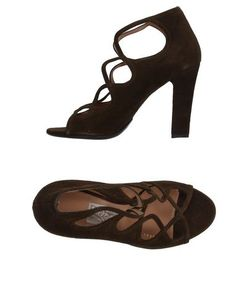 Salvatore Ferragamo | Footwear Courts Women On